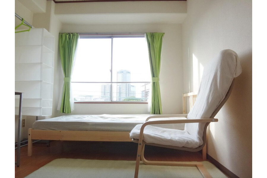 1K Apartment to Rent in Osaka-shi Miyakojima-ku Bedroom