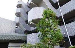 4LDK {building type} in Morokacho - Yokohama-shi Kohoku-ku