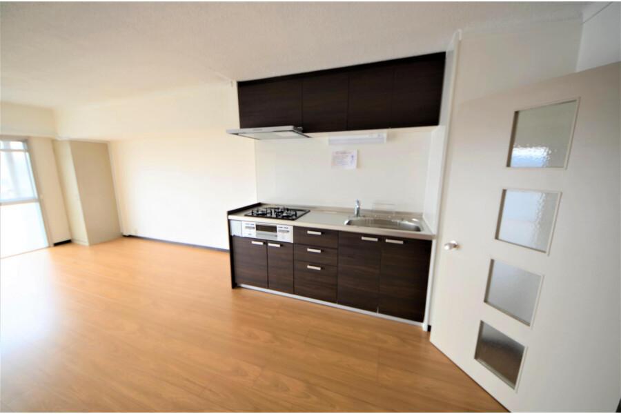 2LDK Apartment to Buy in Kyoto-shi Yamashina-ku Living Room