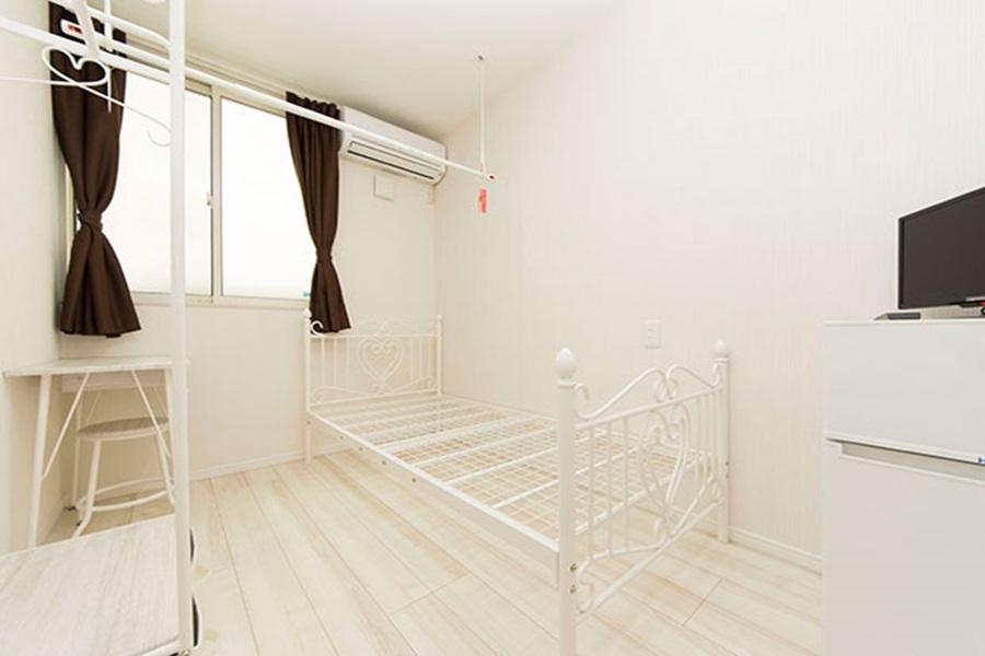 Private Guesthouse to Rent in Arakawa-ku Bedroom