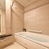 2LDK Apartment to Buy in Osaka-shi Chuo-ku Washroom