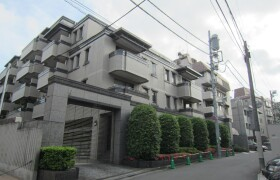 3LDK Mansion in Jingumae - Shibuya-ku