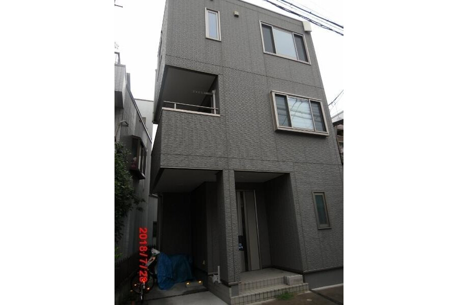4LDK House to Buy in Sumida-ku Exterior