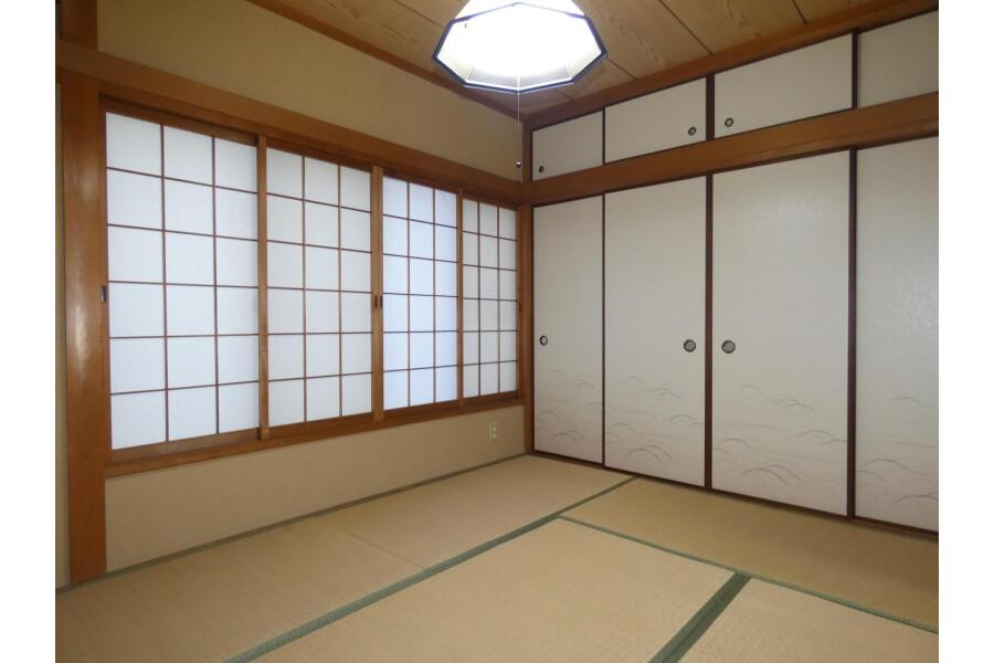 4LDK House to Buy in Kyoto-shi Yamashina-ku Bedroom