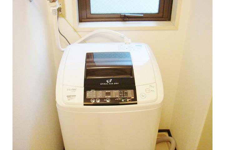 1K Apartment to Rent in Osaka-shi Chuo-ku Washroom