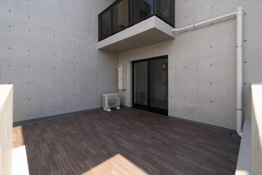 Whole Building Apartment to Buy in Meguro-ku Balcony / Veranda