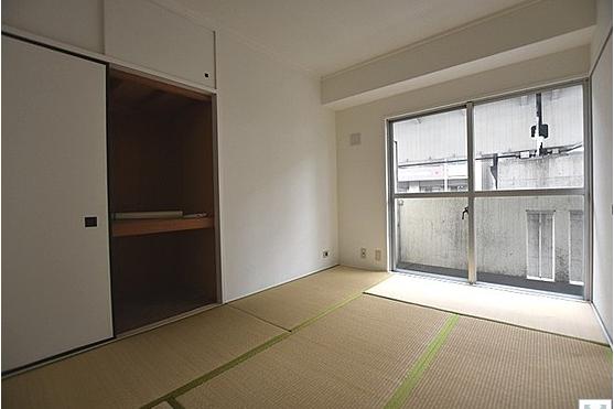 2SDK Apartment to Buy in Arakawa-ku Bedroom