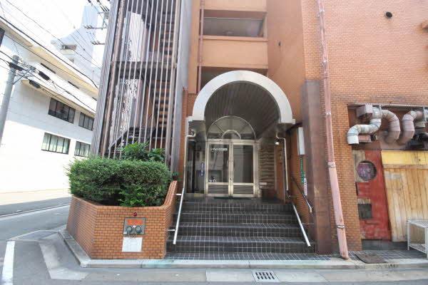 2LDK Apartment to Buy in Fukuoka-shi Hakata-ku Interior
