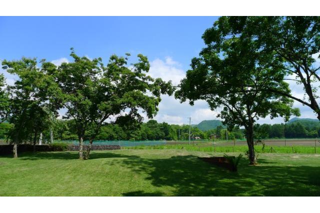 在Kitasaku-gun Karuizawa-machi購買3LDK 獨棟住宅的房產 花園