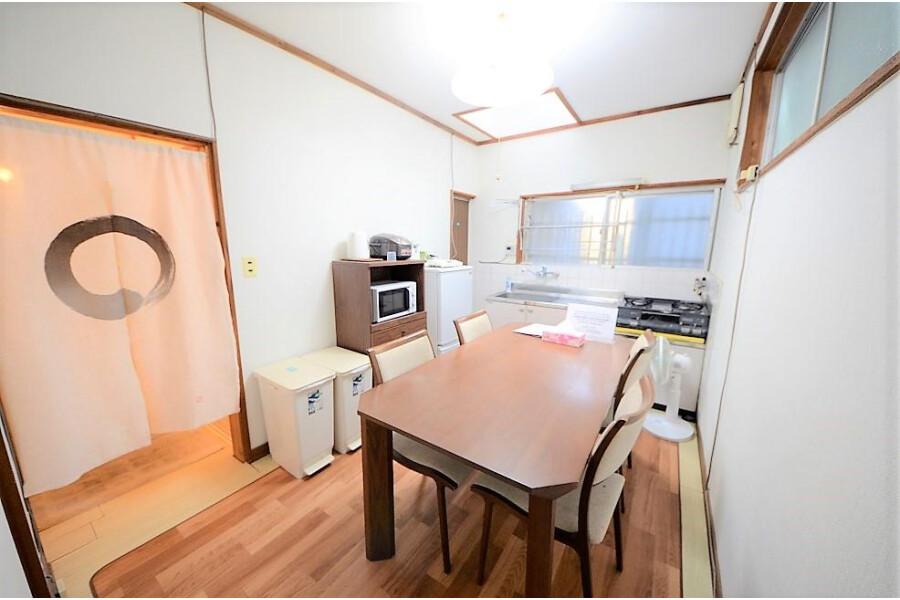 3DK House to Buy in Osaka-shi Higashiyodogawa-ku Living Room