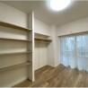 1LDK Apartment to Buy in Chiyoda-ku Western Room