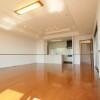 3LDK Apartment to Rent in Osaka-shi Naniwa-ku Living Room
