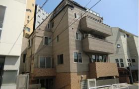 2DK Apartment in Minamiaoyama - Minato-ku