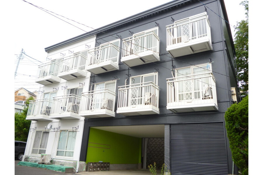 1R Apartment to Rent in Yokohama-shi Konan-ku Interior