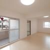 在京田辺市购买3LDK 公寓大厦的 起居室