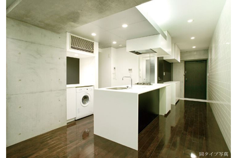 3LDK Apartment to Rent in Shibuya-ku Interior
