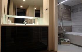 3LDK Apartment in Doshin - Osaka-shi Kita-ku