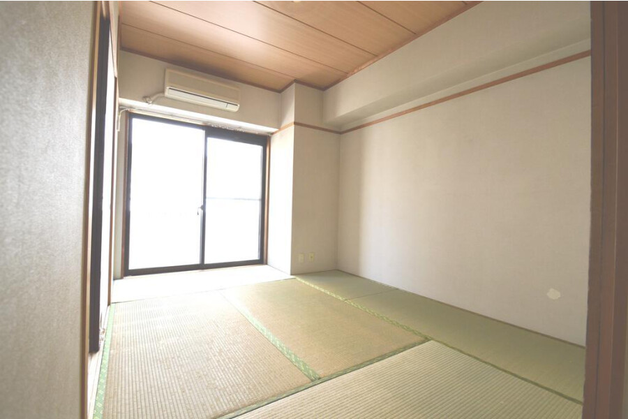 3DK Apartment to Rent in Bunkyo-ku Exterior