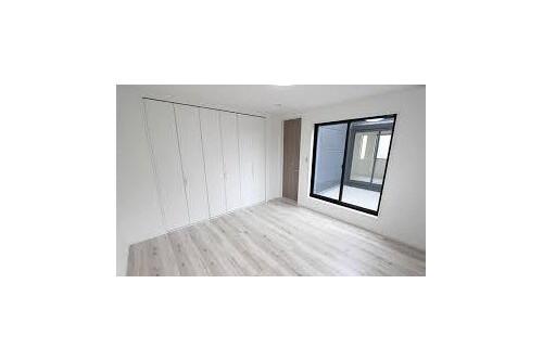 在枚方市購買4LDK 獨棟住宅的房產 Room