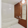 2LDK Apartment to Rent in Shinjuku-ku Bathroom