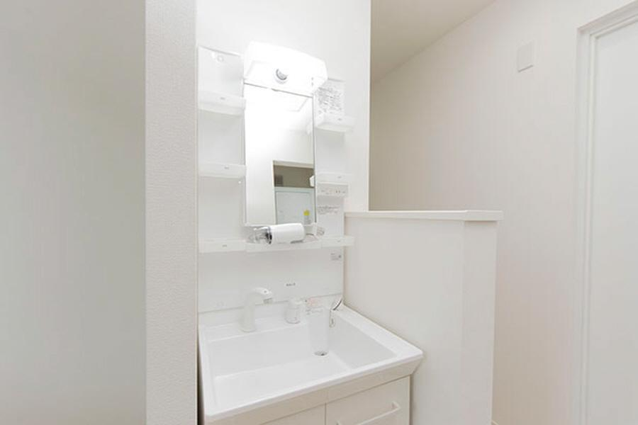 Private Guesthouse to Rent in Suginami-ku Washroom