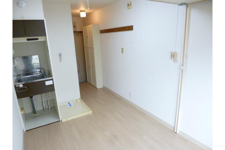 1R Apartment to Rent in Nakano-ku Interior