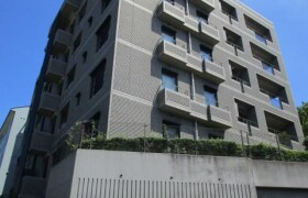 3SLDK Apartment in Tairamachi - Meguro-ku