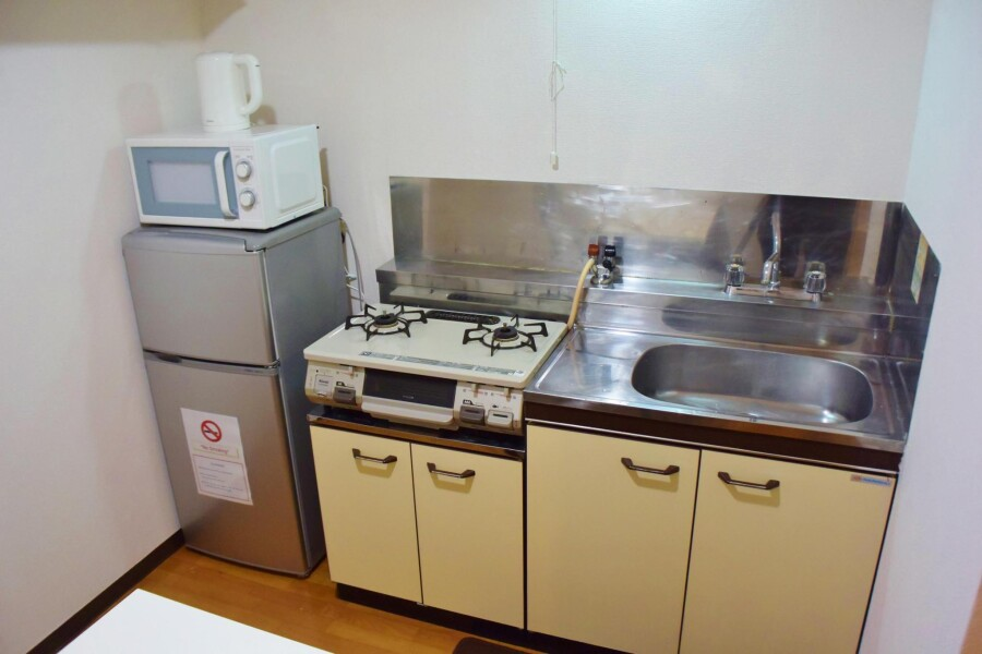 1DK Apartment to Rent in Osaka-shi Tennoji-ku Entrance