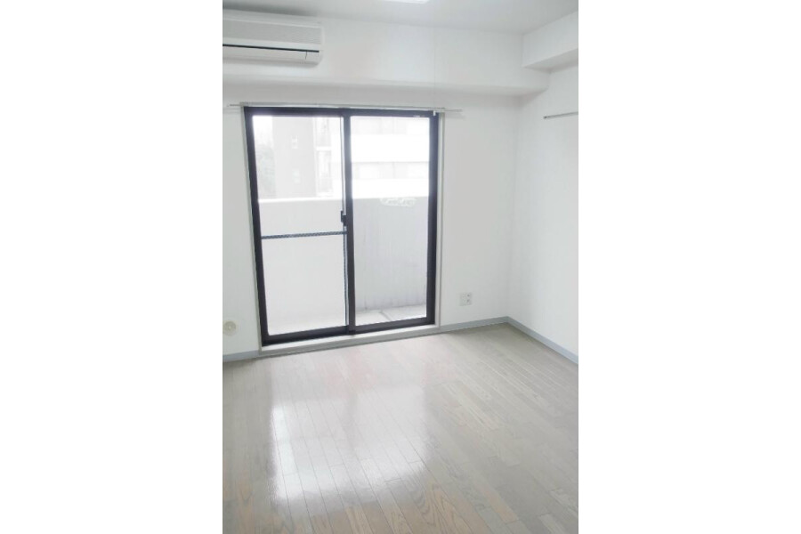 1R Apartment to Rent in Bunkyo-ku Interior