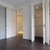 3LDK Apartment to Rent in Shinjuku-ku Bedroom