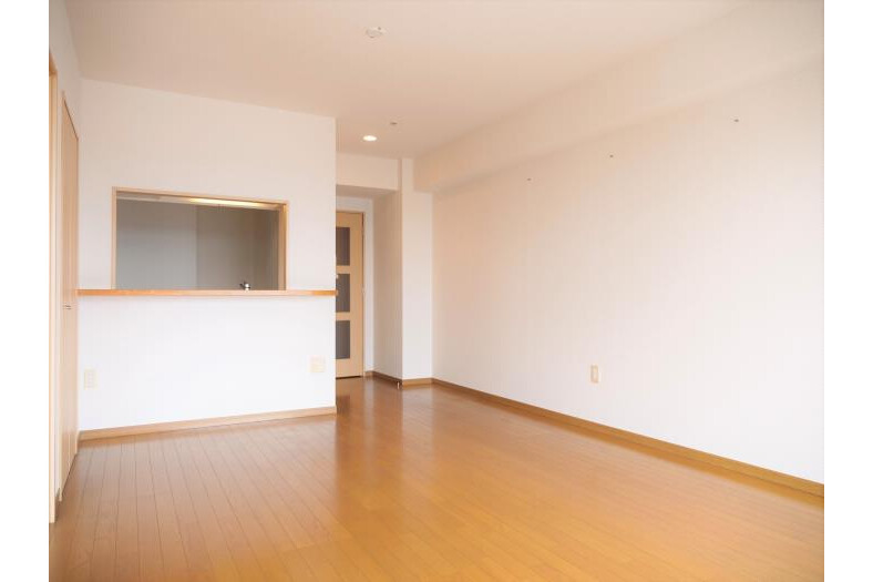 3LDK Apartment to Rent in Hachioji-shi Living Room