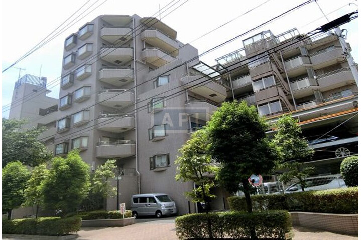 2LDK Apartment to Buy in Shinagawa-ku Exterior