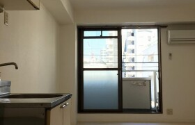 1R Apartment in Honjonishi - Osaka-shi Kita-ku