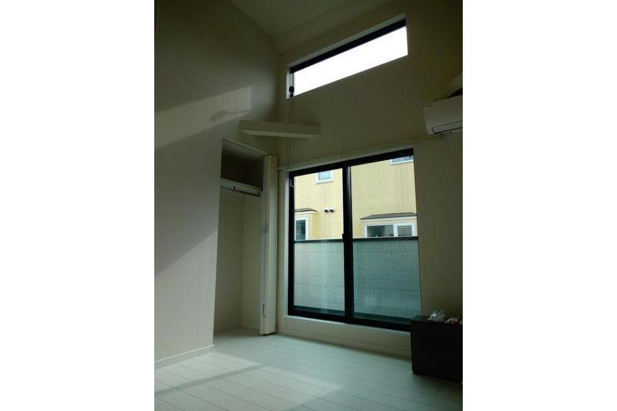 1R Apartment to Rent in Meguro-ku Bedroom