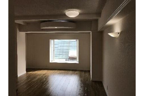 Whole Building Apartment to Buy in Shinjuku-ku Living Room
