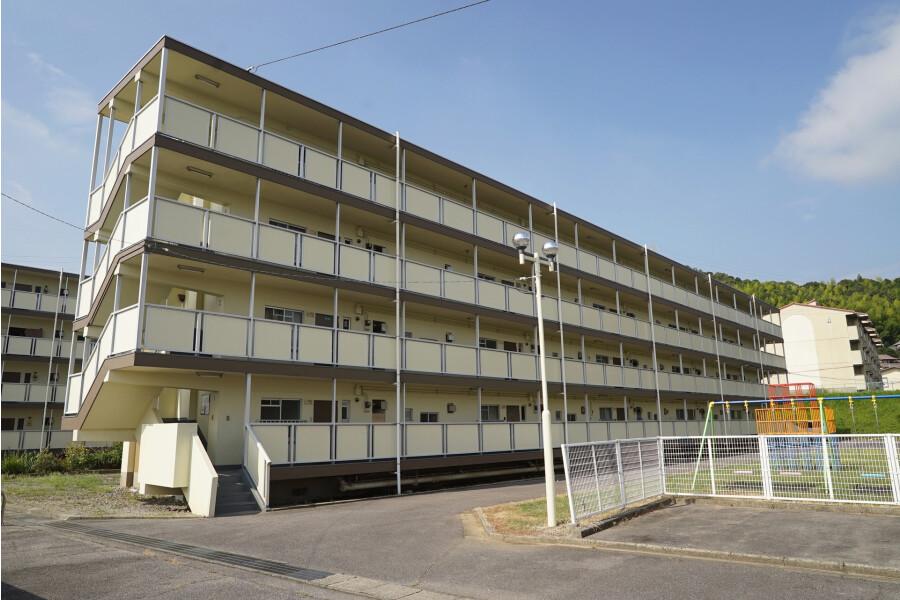 3DK Apartment to Rent in Nukata-gun Kota-cho Exterior