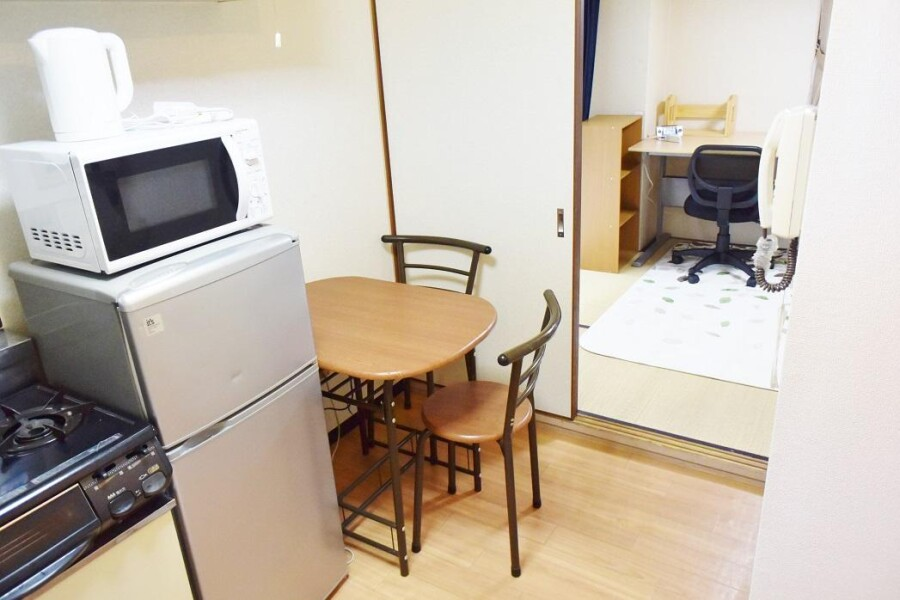 1DK Apartment to Rent in Osaka-shi Tennoji-ku Living Room