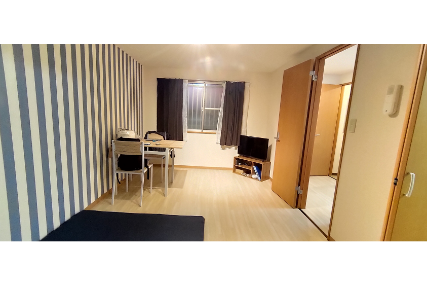 1DK Serviced Apartment to Rent in Yokosuka-shi Living Room