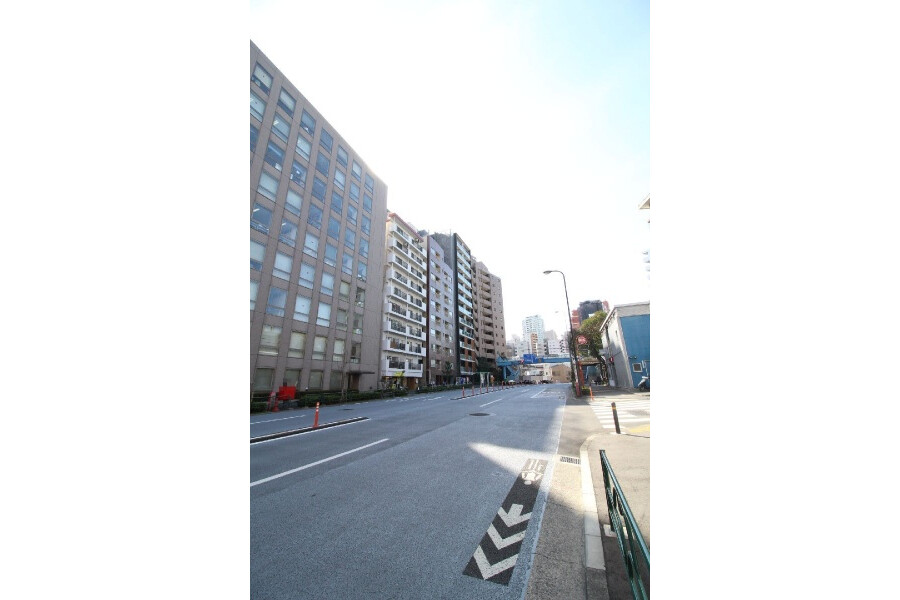 Whole Building Office to Buy in Shinjuku-ku Outside Space