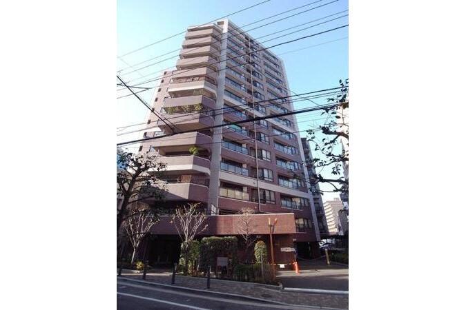 3LDK Apartment to Buy in Meguro-ku Exterior