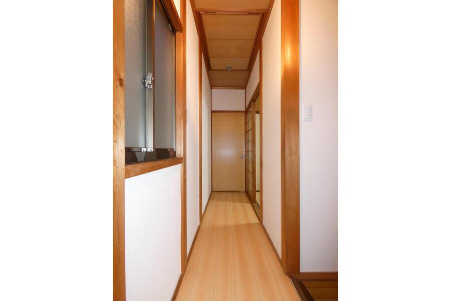 4LDK House to Buy in Kyoto-shi Yamashina-ku Interior