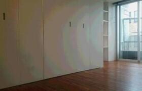 1R Apartment in Minamiazabu - Minato-ku