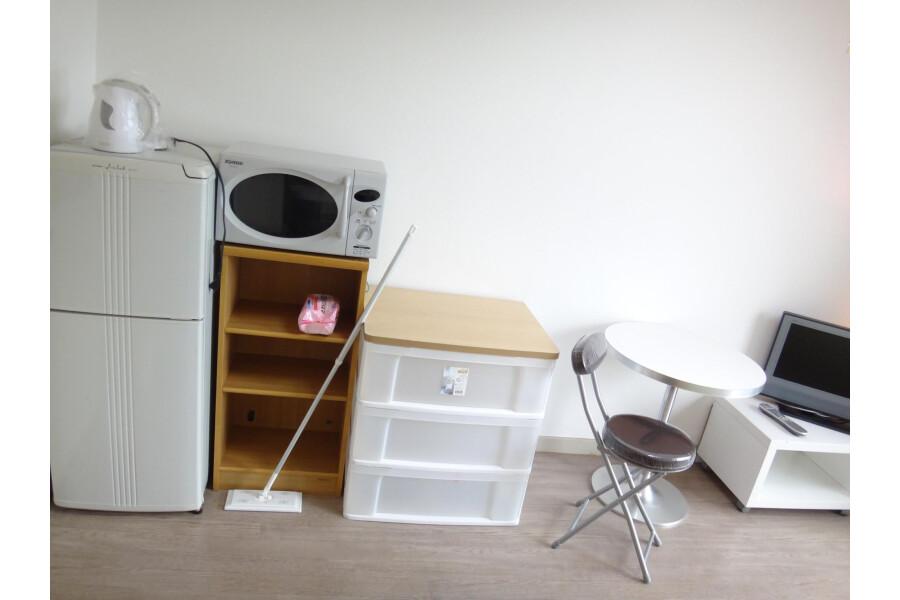 1K Apartment to Rent in Osaka-shi Higashisumiyoshi-ku Living Room