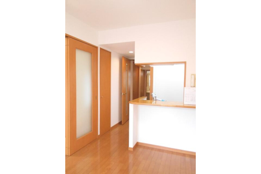 2DK Apartment to Buy in Chuo-ku Exterior