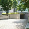 2LDK Apartment to Rent in Minato-ku Exterior