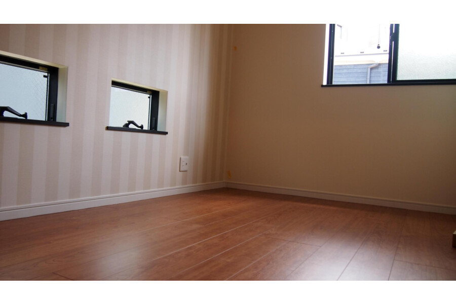 4LDK Apartment to Buy in Ota-ku Bedroom