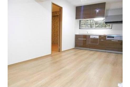 3LDK Apartment to Buy in Shinjuku-ku Living Room