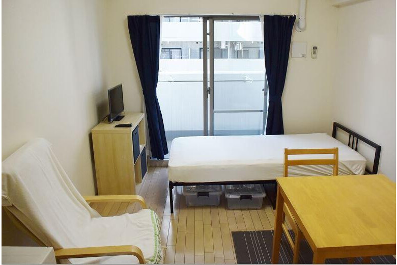 1K Apartment to Rent in Osaka-shi Yodogawa-ku Bedroom