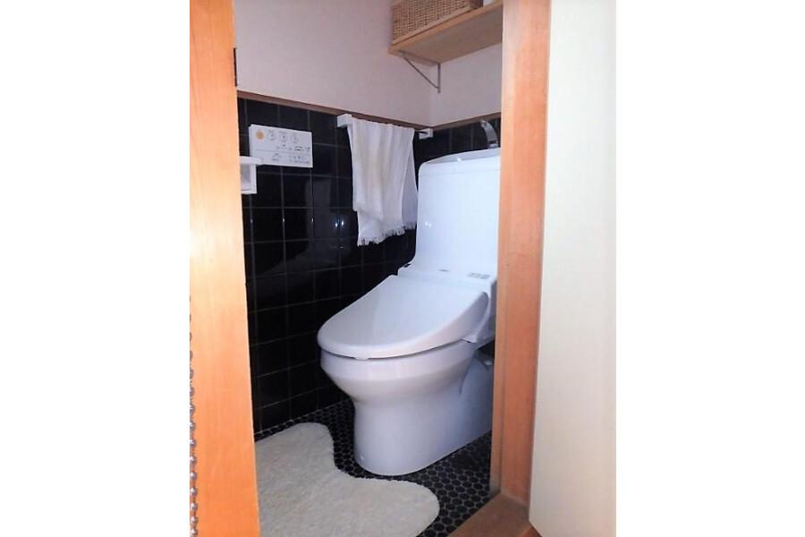 5DK House to Buy in Kyoto-shi Sakyo-ku Toilet