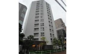 1R {building type} in Motoazabu - Minato-ku